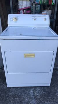 white front-load clothes washer Vero Beach, 32962