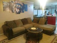Sectional with chase lounge excellent condition 35 Virginia Beach, 23464