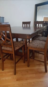 Pub height table with 8 chairs