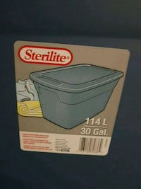 Sterilite 114L/30 Gal Storage Container $5 Kitchener, N2E 4C7