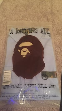Bape dress shirt Coquitlam, V3J 2T9
