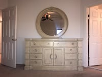 White wooden dresser with mirror Gainesville, 20155