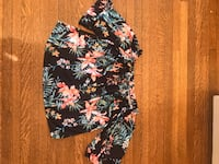 Pull and Bear off the shoulder floral blouse  Toronto, M6R 2S4