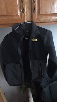 The North Face  Jacket Youth Large (14/16) Authentic Laurel, 20723