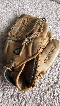 Beautiful Wilson Pro Style Baseball Mitt This serial number is A 2234 Norfolk, 23523