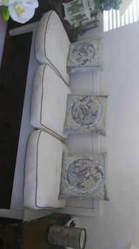 white and pink floral sofa set Lancaster, 93536