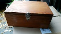 Wood box  Barrie, L4M 5S6