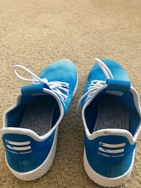 Pair of blue-and-white adidas running shoes Doral, 33178
