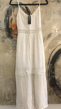Abercrombie lace dress size medium new with tags Toronto, M4M 2N3
