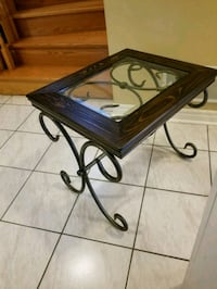 Wrought iron and glass end table Brampton, L6R 1L5