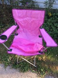 New Bright Pink Folding Chair with Carrying Bag Whitefish Bay, 53217