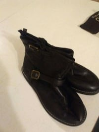 Woman's leather boots price negotiable Canton, 44707