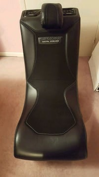 Chair with built in speaker Scarborough, M1C