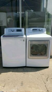 white washer and dryer set Forest Park, 30297