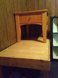 end tables have matching set Dallas, 28034