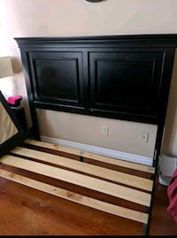 BLACK QUEEN BED FRAME - EXCELLENT CONDITION - FREE DELIVERY AVAILABLE
