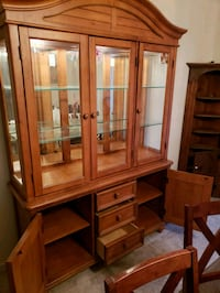 Light brown China cabinet with accent lighting Pompano Beach, 33063