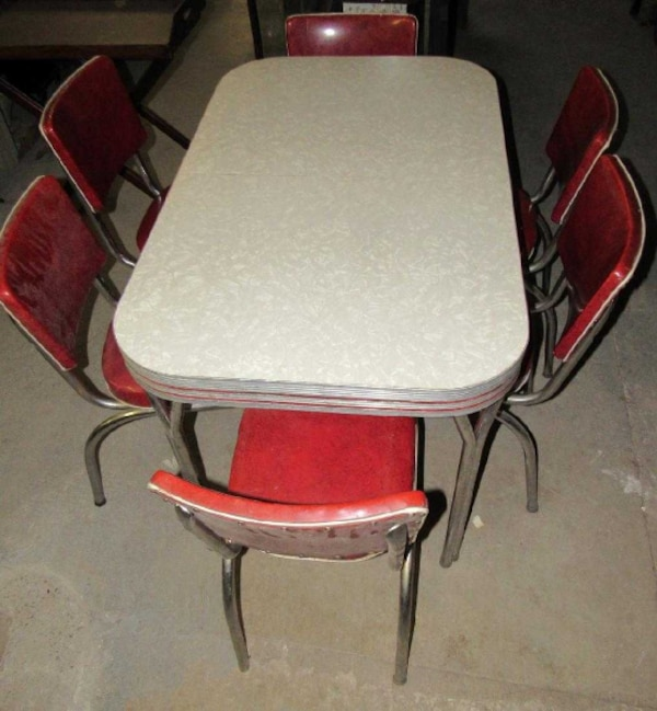 Vintage (Not Repro) Diner Style Table and 6 Chairs