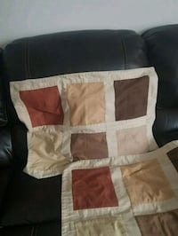 Set of 2 pillow cases, like NEW.  London, N6C 4W2