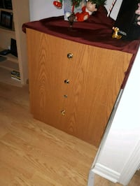 brown wooden 2-drawer chest Gatineau, J8P 1G6