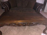 Table and 2 coffee tables (3total) North Haven, 06473