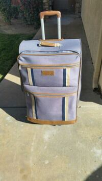Tommy Hilfiger airport luggage