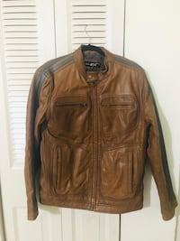 Men leather jacket,brand- black rivet,size-Medium.genuine leather. King Of Prussia, 19406