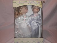 Victorian Beauty Porcelaine Kissing Dolls - $10 Alexandria