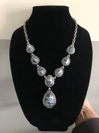 Blue & white pear shape stone necklace Greenbelt, 20770