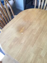 Honey oak dining room table and 8 chairs  Inverness