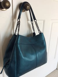 Brand new with tags absolutely authentic Coach handbag Markham, L3R 9N2