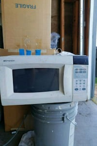 white General Electric microwave oven Perris, 92571