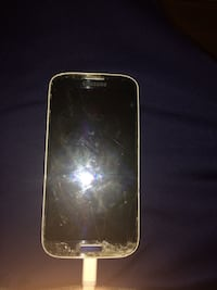Samsung Galaxy S4 (Broken Display) Delta, V4C 1Z4
