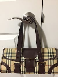 black and brown leather tote bag Burnaby, V5E 3P8