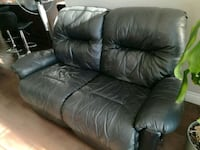 black leather 3-seat sofa Guelph, N1L 1N4