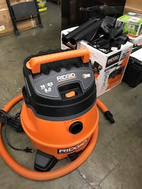 RIDGID 14 Gal. 6.0-Peak HP Wet Dry Vac with Auto Detail Kit Temple City, 91770