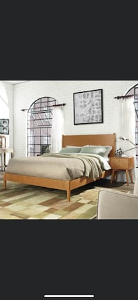 Queen size bed and matching night stands (mattress not included) Breaux Bridge, 70517