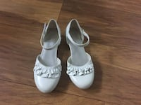 Girl's shoes size 1  New Westminster