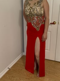 Nice red dress size M Vaughan, L4H 1Y6