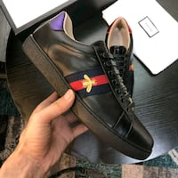 Gucci bumblebee leather shoes size 10 Montreal, H3W 1H1