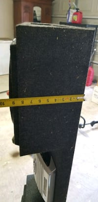 truck speakers in box with amplifier