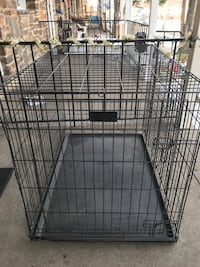 Large dog cage 28 inch wide and 38 inch tall