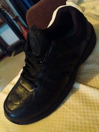 Shoes biofit size 11 only one use.....