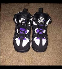 Toddler Barkley's size 8 Oxon Hill, 20745