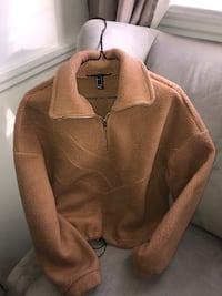 Brown fleece half-zip jacket size small bought for $40 only worn once  Toronto, M8W 3M4