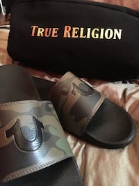 True religion slides Clarington, L0B