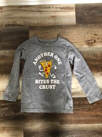 Boys long sleeve shirt 4/5 Ashburn, 20147