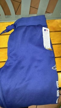 Brand New Blue Jays Sweatpants Size M but fits L Vancouver, V5R