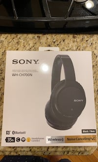 Sony Wireless Headphones - NEW