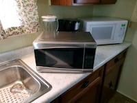 Microwave Frigidare perfect for dorm or office Aston